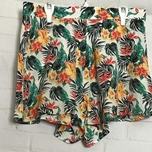 🌴 SUMMER CLEAROUT!! LucyLove shorts🌴